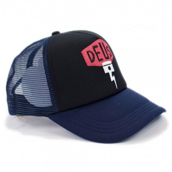 """DEUS EX MACHINA Hat - """"Pisstin Shield Trucker"""" - black-navy"""